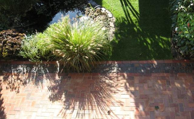 Klinker Terrasse mit Porphyr-Bänderung Naturstein