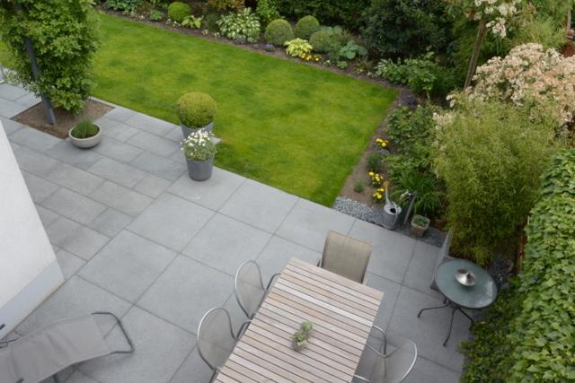 Terrasse Granit Padang Platten Großformat