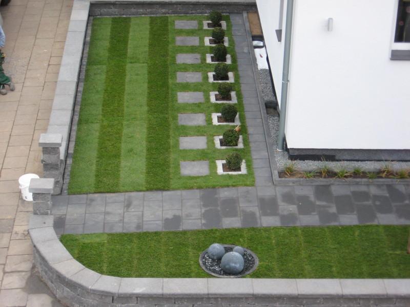 Vorgarten Betonpflaster Großformat