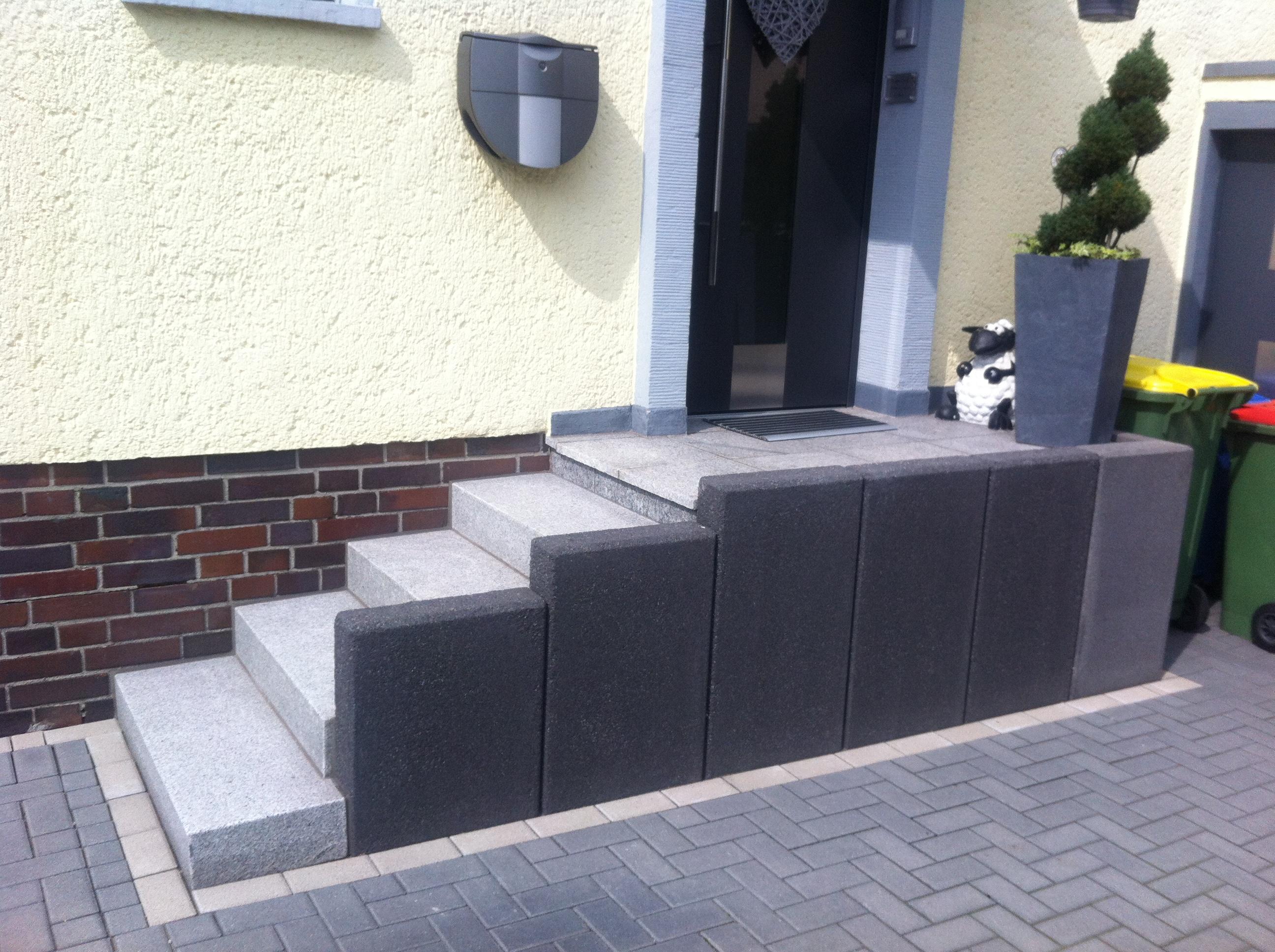 Stufenanlage L-Steine Blockstufen